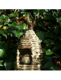 Tall roosting nest pocket